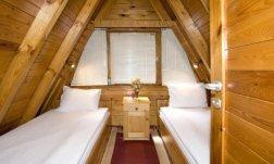 Single beds in Villas Malina