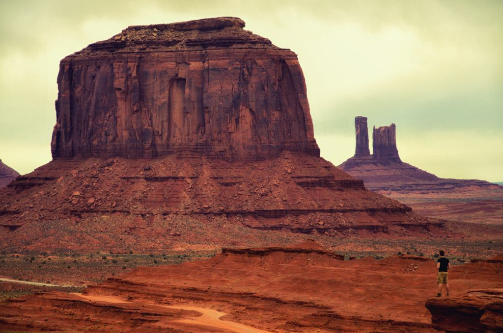 dolina monumentów - monument valley - rezerwat indian navajo