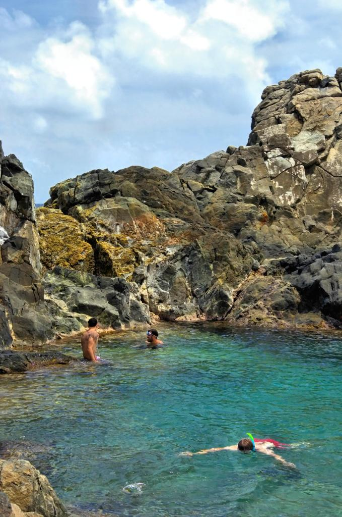best things to do in Aruba - natural pool
