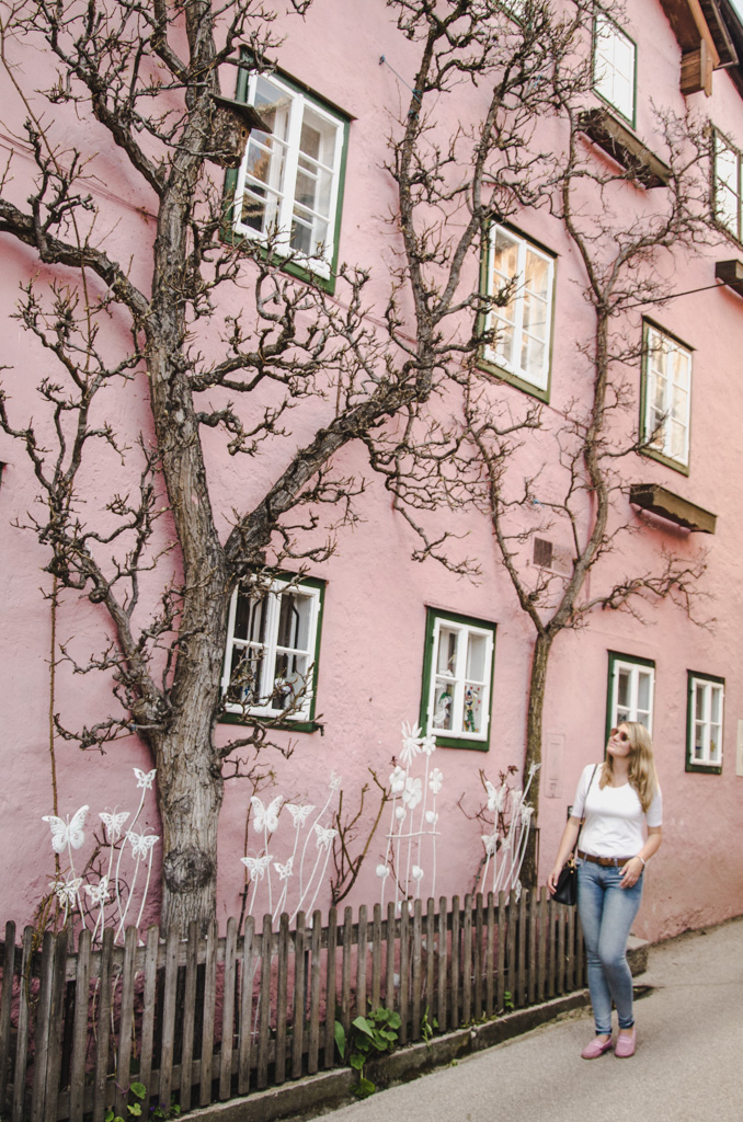 visiting hallstatt - where to stay in hallstatt - the pink house in hallstatt