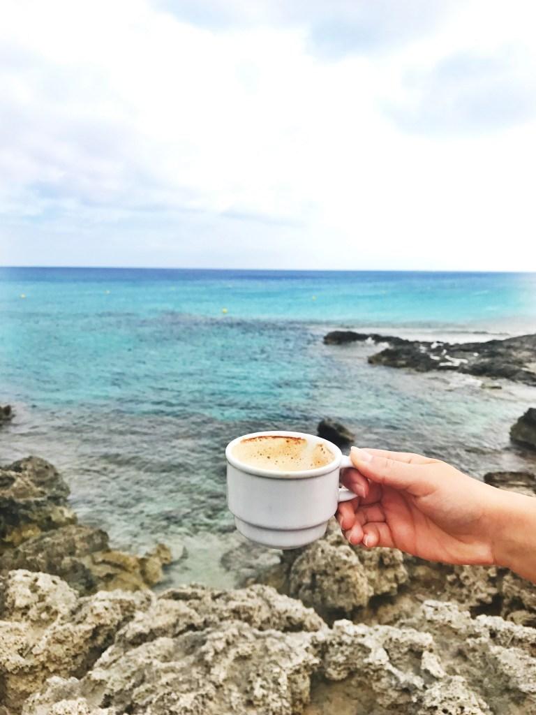 Schönes Strandrestaurant auf Formentera