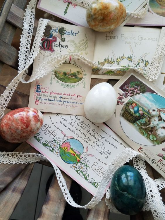 Gorgeous ideas for decorating with vintage Easter postcards