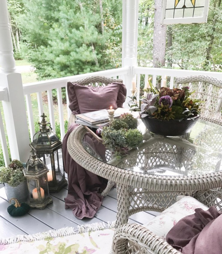 Gorgeous moody fall decorating outdoor fall porch lanterns pumpkins autumn kale