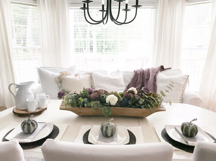 Gorgeous shabby chic fall table setting fall tablescape moody neutrals