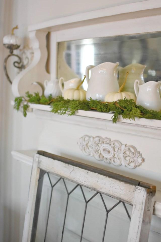 French Farmhouse Thanksgiving to Christmas decor Elegant Thanksgiving decor