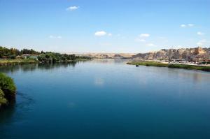 euphrates-at-birecik-turkey-courtesy-dursun-yildiz