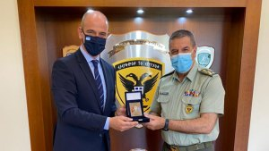 Συνάντηση Φώντα Μπαραλιάκου με τον Αρχηγό ΓΕΣ Αντιστράτηγο κ. Χ. Λαλούση