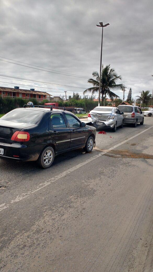 Acidente em Unamar deixa duas vítimas com ferimentos leves