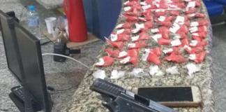 Um homem morreu após trocar tiros com a polícia em Monte Alto, Arraial do Cabo nessa terça-feira (09).