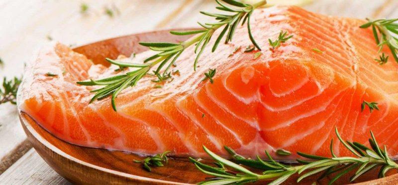 SALMÃO 1024x477 - 8 Alimentos que Fazem Seu Cabelo Crescer Mais Rápido