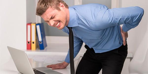 dor nas costas 5 - Dor nas costas pode indicar doenças graves: veja como evitar e aliviar!