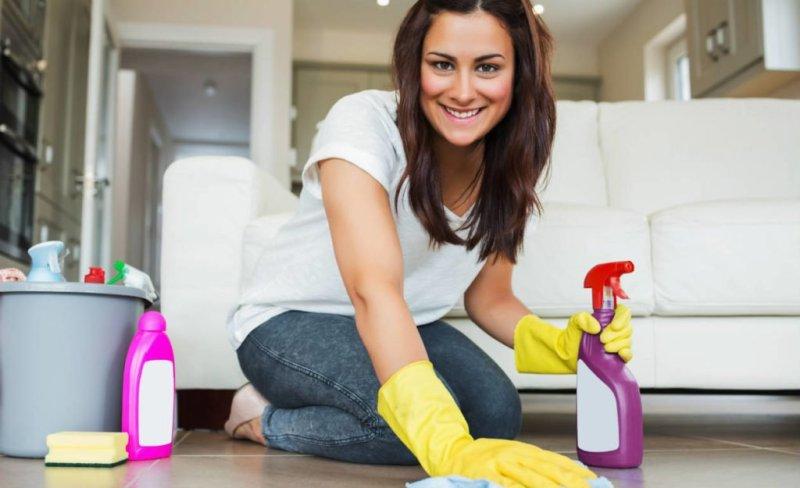 limpar a casa 1024x625 - Queimar calorias fácil no dia a dia! É possível! Veja atividades!