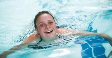 3 9 - Perder peso com natação: é possível? Veja os benefícios desse esporte.