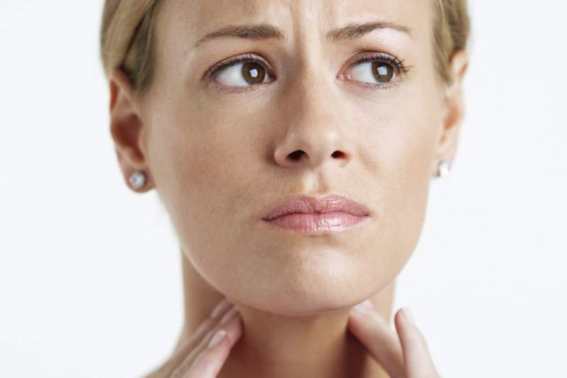 2 8 - Dor de garganta: causas, sintomas e tratamento! Veja remédios caseiros!