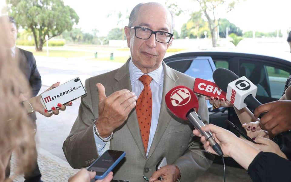 Divergências causam demissão de Marcos Cintra, secretário da Receita