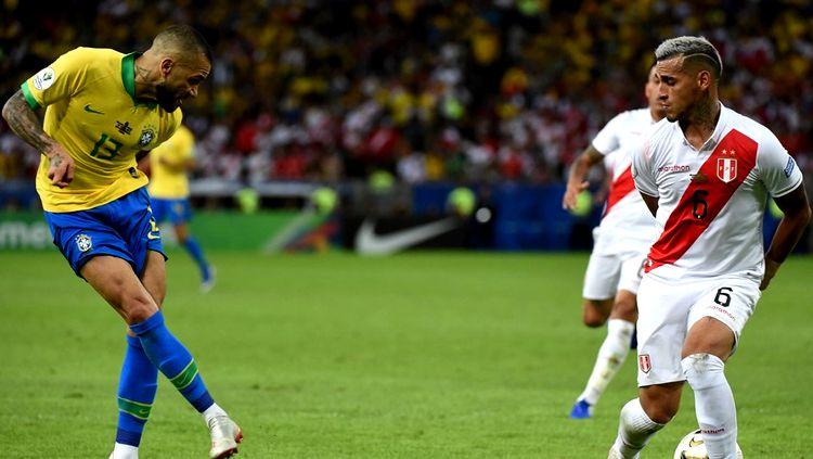 Em clima de revanche, Brasil e Peru se enfrentam em amistoso