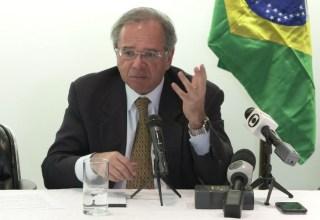 'Não se assustem se alguém pedir o AI-5' diz Guedes em relação a protestos