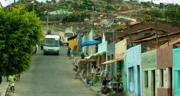 Revitalização das casas da Rua Caminho do Horto tem início nesta segunda