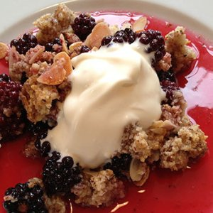 blackberry and almond crumble