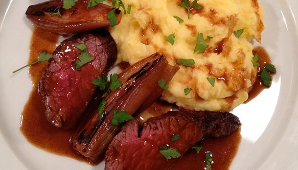 Hanger steak with potato mash