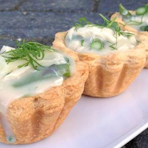 Chicken and asparagus tartlets