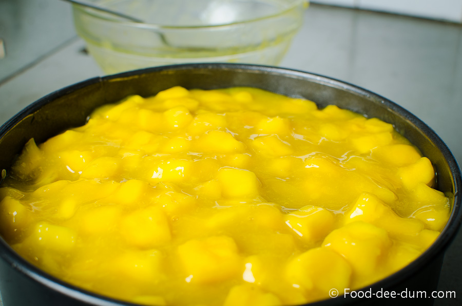 Tropical_Banana_Mango_Cake-23