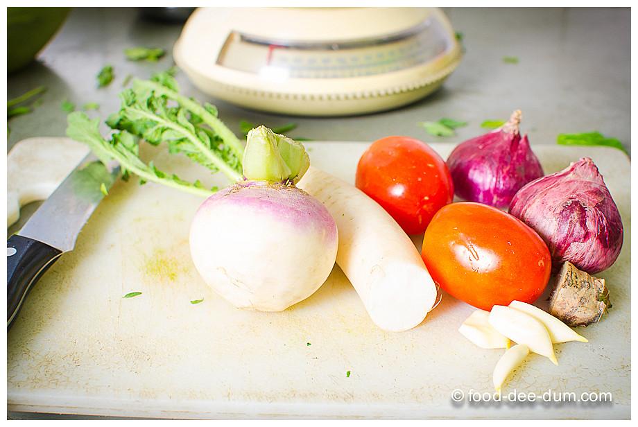 Food-Dee-Dum-Sarson-Ka-Saag-4