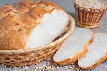 Helt hvidt brød