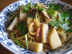 Spaghetti with bamboo shoots