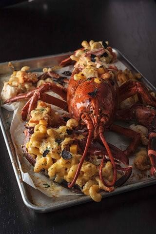lobster trap truffle mac n cheese
