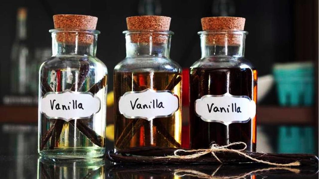 Что такое ванильный экстракт, чем его заменить и как приготовить?