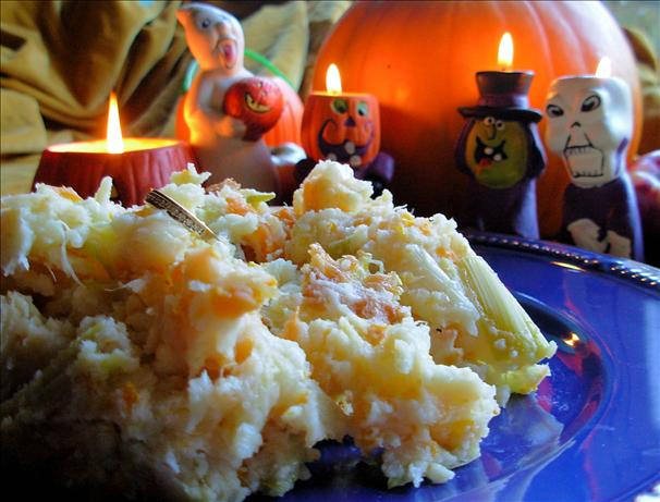 Traditional All Hallows' Eve Supper ~ Mash O' Nine Sorts