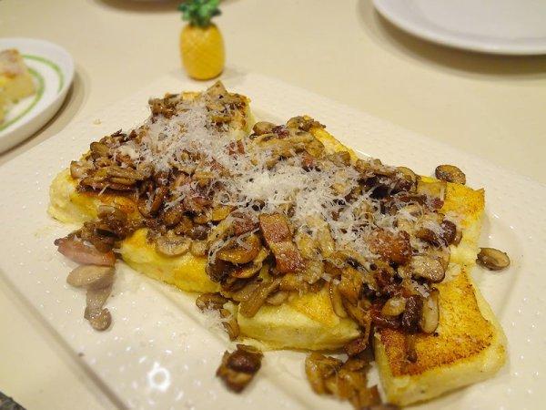crispy-polenta-with-mushrooms