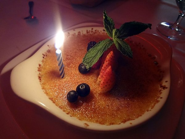 anniversary-creme-brulee