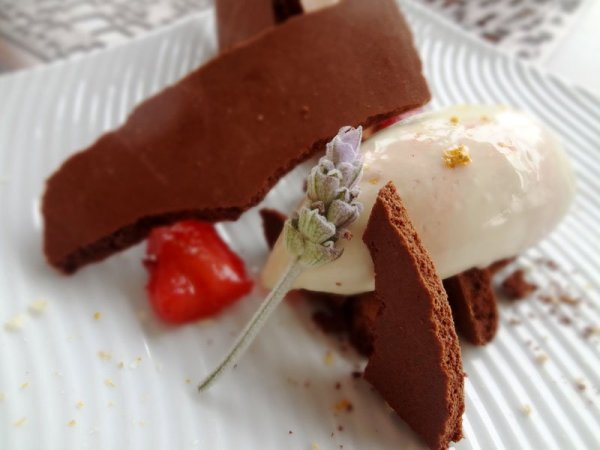 lavender-gelato-dehydrated-chocolate-mousse