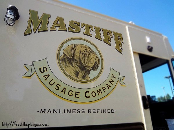 mastiff-sausage-co-truck-logo