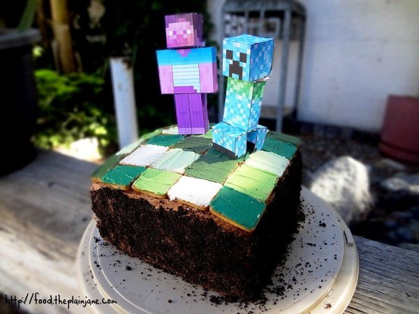 minecraft-cake-decorating-cake