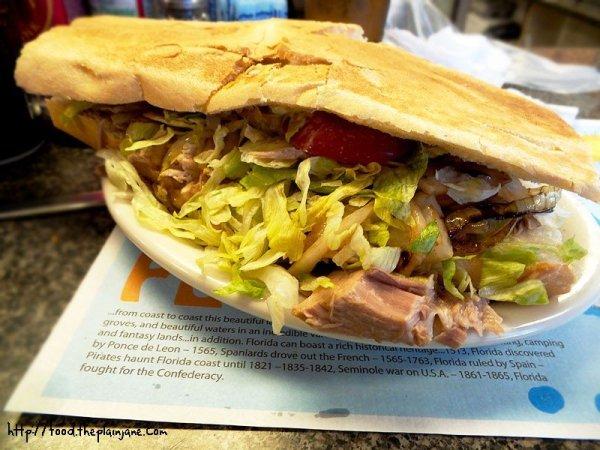 puerco-asado-pork-sandwich