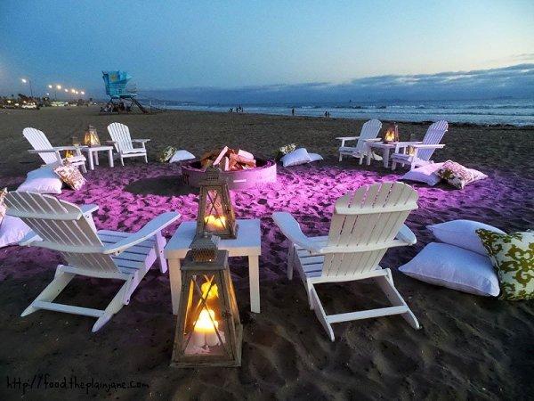 bonfire-setup-purple-lights