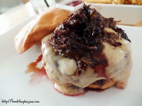 truffle-short-rib-umami-burger