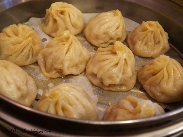 xiao-long-bao-soup-dumplings
