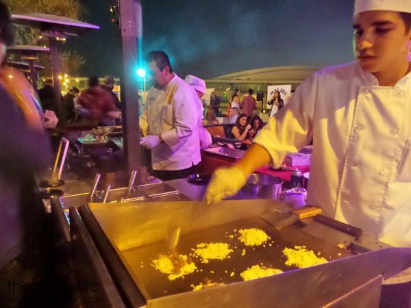 puesto-taco-making