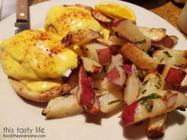 Eggs Benedict / Claire's on Cedros
