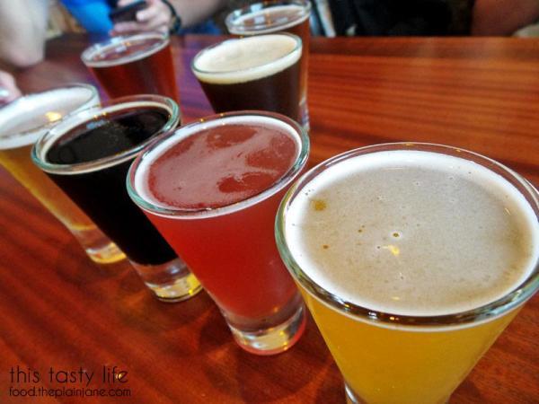 coronado-brew-beer-tasters