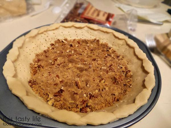 Pecan Crust in the making | This Tasty Life - http://food.theplainjane.com