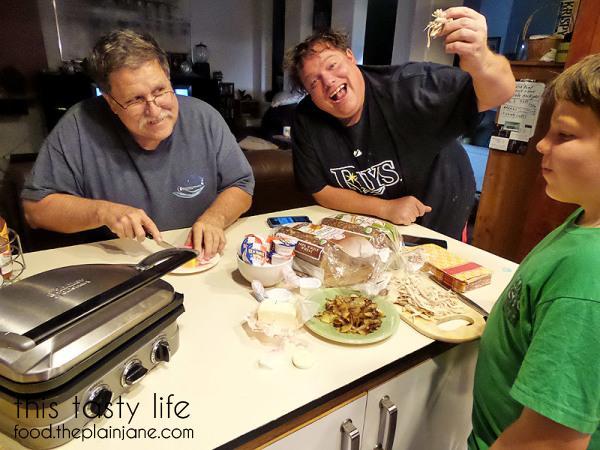 sandwich-eaters