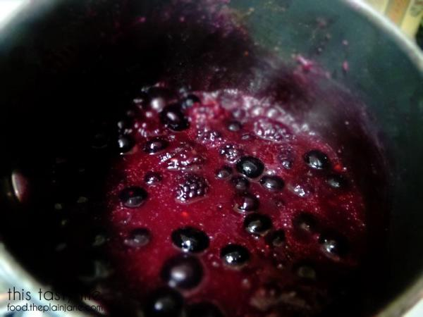Bubbling Berry Sauce