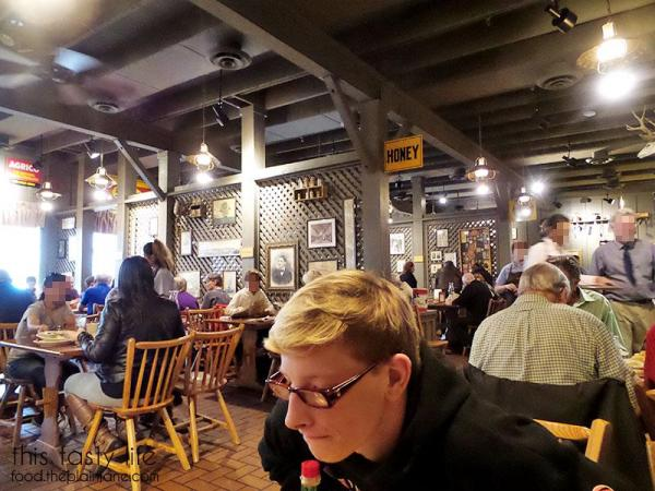 cracker-barrel-inside