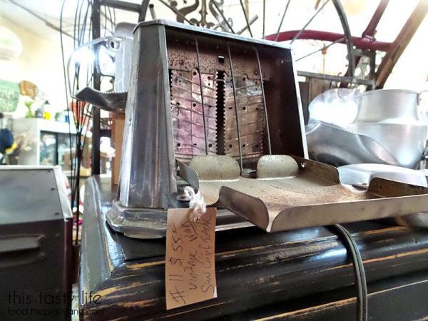 vintage-toaster
