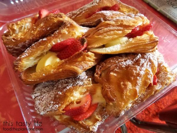 strawberry-crossiants